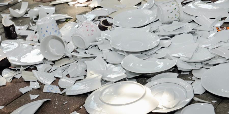 посуды на кухне фото разбитой